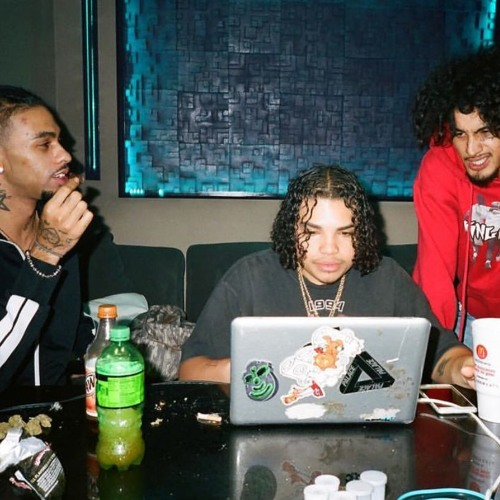 ROBB BANKS & WIFISFUNERAL – EA (Prod. by Cris Dinero) (+lyrics)