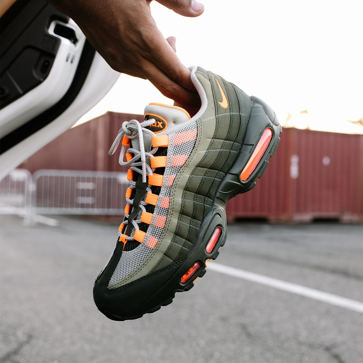 NIKE AIR MAX 95 OG 'TOTAL ORANGE' (BUY HERE)